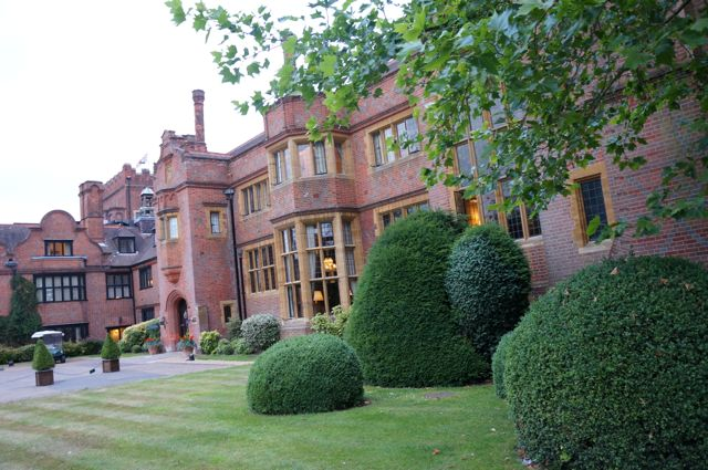 Review: A Romantic Spa Break With Hanbury Manor