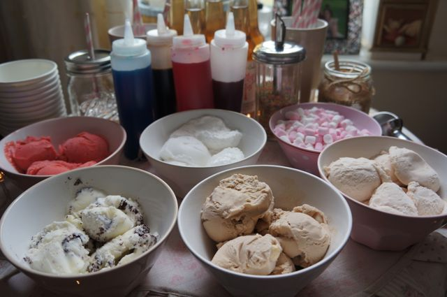 How To Host A Bring & Share Afternoon Tea Party