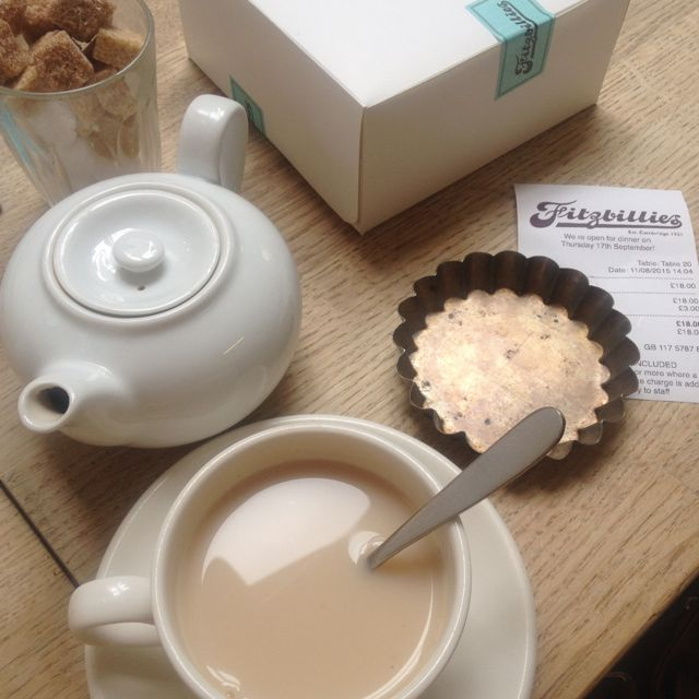 Afternoon Tea At Fitzbillies / A Tour Of Cambridge